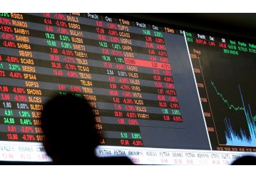Bolsa tem primeira alta semanal após três semanas de queda