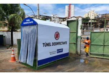 Túnel desinfectante protege funcionários da Seman em Sete Portas