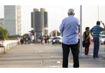 Fórum discute desafios à garantia de direitos da pessoa idosa