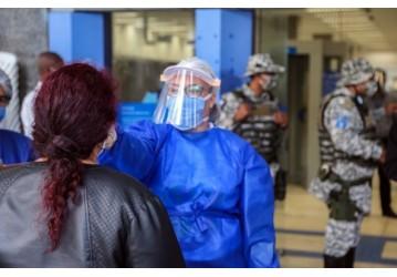 Guarda Municipal inicia ordenamento de filas nas agências da Caixa Econômica