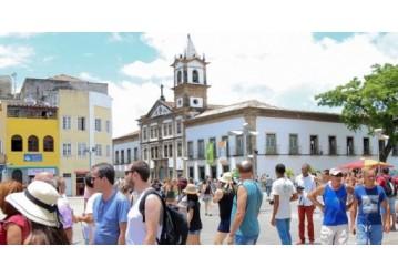 Atividades turísticas crescem 24,4% em outubro na Bahia