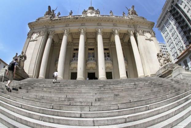 Alerj publica resolução que autoriza processo de impeachment de Witzel | Bahia tempo real