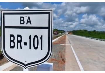 Governo Federal entrega 22 km de pistas duplicadas da BR-101